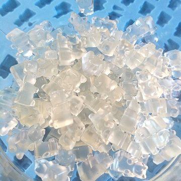 Clear electrolyte gummy bears