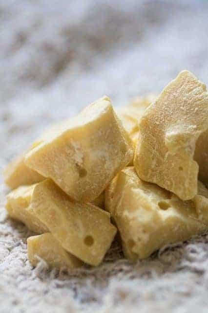 cocoa 2806800 640 e1564504714502 - Keto Orange Dark Chocolate
