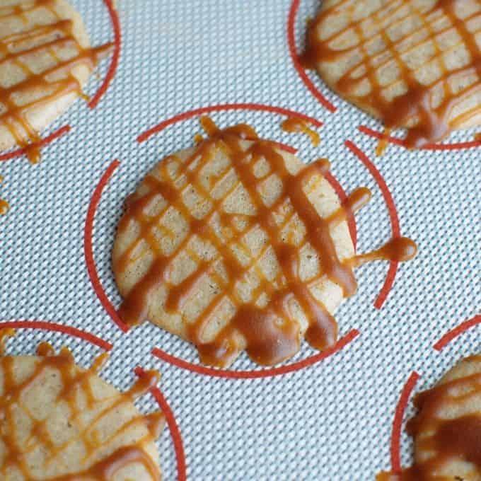 oil keto eggnog cookies - Keto Eggnog Cookies