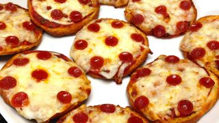 Pepperoni Pizza Bagels 320x180 - Keto Recipes to Make with Kids