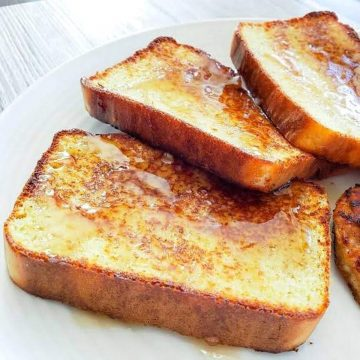 Fanned out keto french toast